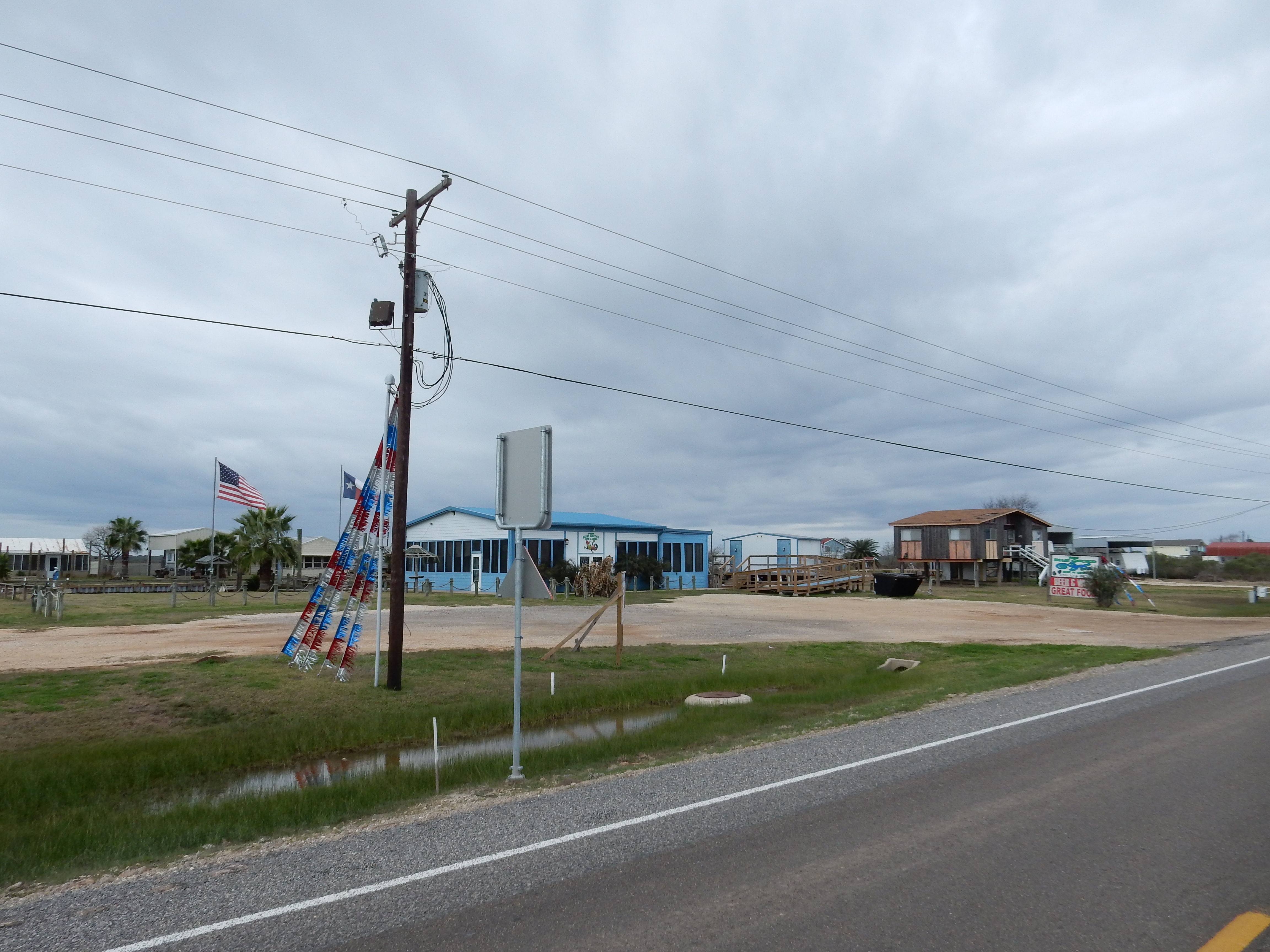 Turn key business opportunity Sargent, TX – Owner Financing available!