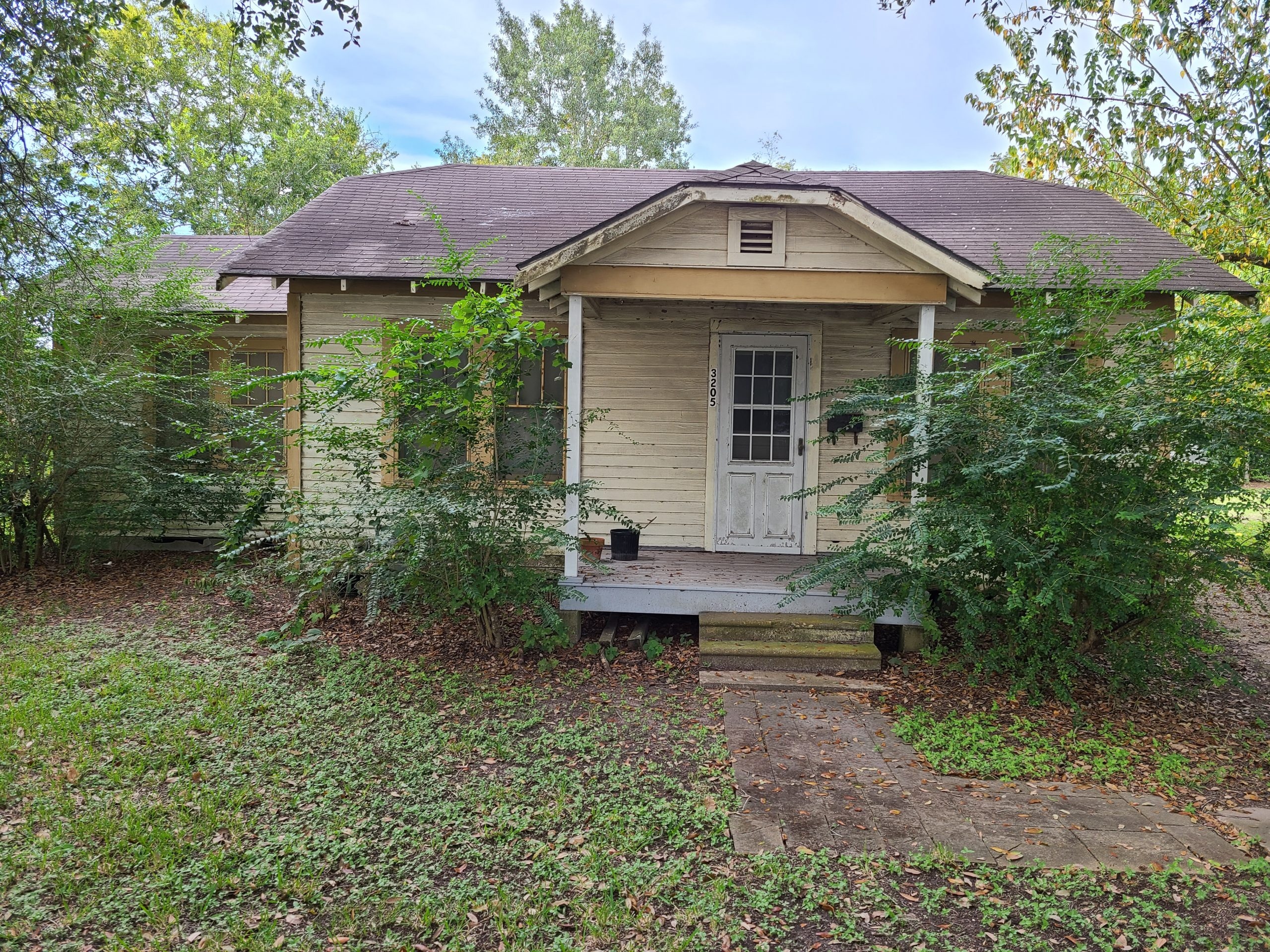 3201 & 3205 5th St – Investor Special!